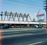 Y-600624-11. Gene's Drive-In, 1030 NE 82nd., between Hassalo & Holladay, now Taco Time. June 24, 1960
