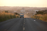 Frutal_MG, Brasil...BR 364 em Frutal, Minas Gerais...BR 364 in Frutal, Minas Gerais...Foto: LEO DRUMOND / NITRO
