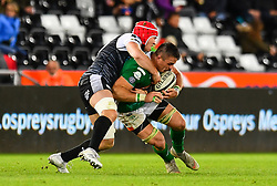 Braam Steyn of Benetton Treviso is tackled by Sam Cross of Ospreys<br /> <br /> Photographer Craig Thomas/Replay Images<br /> <br /> Guinness PRO14 Round 4 - Ospreys v Benetton Treviso - Saturday 22nd September 2018 - Liberty Stadium - Swansea<br /> <br /> World Copyright © Replay Images . All rights reserved. info@replayimages.co.uk - http://replayimages.co.uk