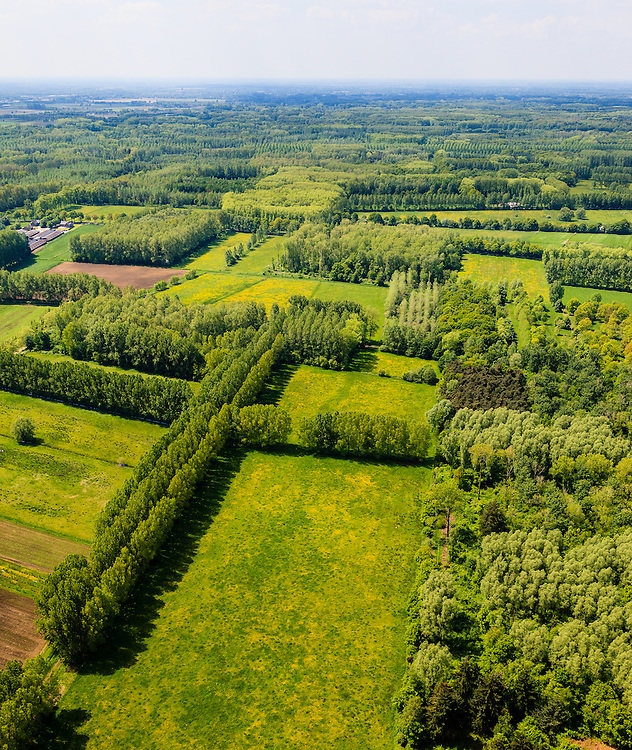Nederland, Noord-Brabant, Sint-Oedenrode, 27-05-2013; De Scheeken.<br /> QQQ<br /> luchtfoto (toeslag op standard tarieven)<br /> aerial photo (additional fee required)<br /> copyright foto/photo Siebe Swart