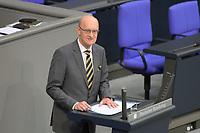 DEU, Deutschland, Germany, Berlin, 01.10.2020: Frank Pasemann (AfD) bei seiner Rede während der Haushaltsdebatte im Plenarsaal des Deutschen Bundestags.