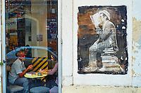 Portugal, Lisbonne, LX Factory, ancienne friche transformée en boutiques, restaurants et bars // Portugal, Lisbon, LX Factory is a old factory transformed on shops, restaurants and bar