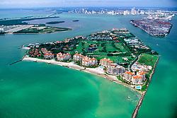 Fisher Island ( front ), Port of MIami, downtown Miami and Virginia Key ( left ), Miami, Biscayne Bay, Florida, Atlantic Ocean