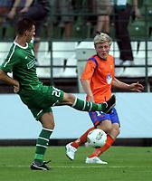 Fotball<br /> Kvalifisering UEFA Europa League<br /> 14.07.2011<br /> Ferencvaros v Aalesund<br /> Foto: Aleksandar Djorovic, Digitalsport<br /> <br /> Jonathan Parr (R) FK Aalesund and Tamas Gruz