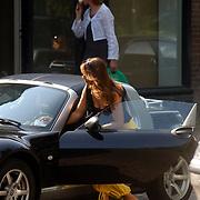 Susan Blokhuis parkeert haar auto in Laren zoonder parkeerschijf, Smart cabrio