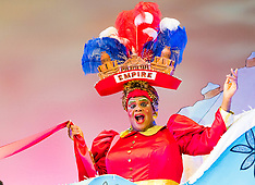 2015-11-25 Hackney Empire pantomime photocall