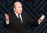 Fotball, 01.12.2001 Busan, Sør-Korea,<br />FIFA-President Joseph Blatter am Samstag (01.12.2001) bei der Gruppenauslosung zur Endrunde der Fussball Weltmeisterschaft 2002 in Busan, Sør-Korea.<br />Foto: TOBIAS HEYER/Digitalsport