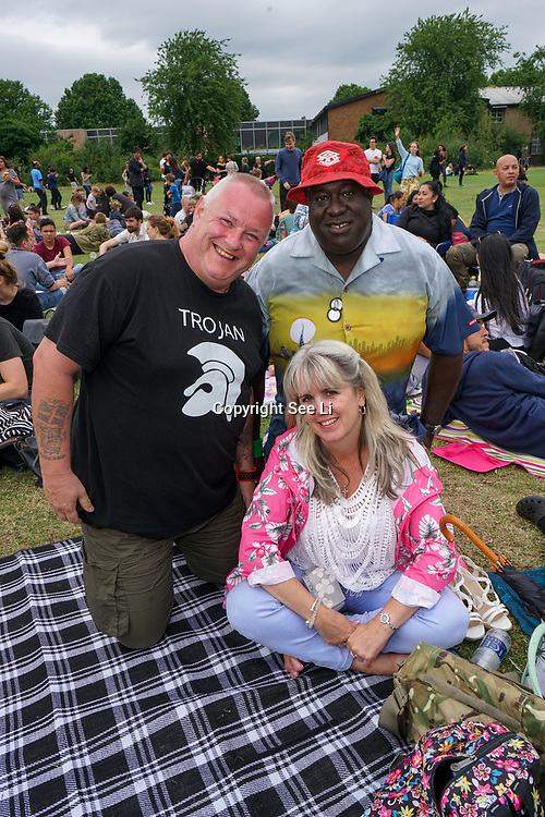 Lloyd Park, London, England, UK. Hundreds attend the Walthamstow Garden Party. A free festival returns for its fourth year to celebrate east London's creative and cultural communities, showcasing some of the finest music and performance from around the world, Host by Barbican Centre at Walthamstow.
