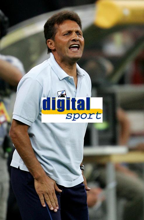Milano 13/8/2004 Trofeo Seat. Milan - Sampdoria 2-2. Sampdoria won after penalties - Sampdoria vince ai rigori.<br /> <br /> Walter Novellino Sampdoria Trainer<br /> <br /> Foto Andrea Staccioli Graffiti