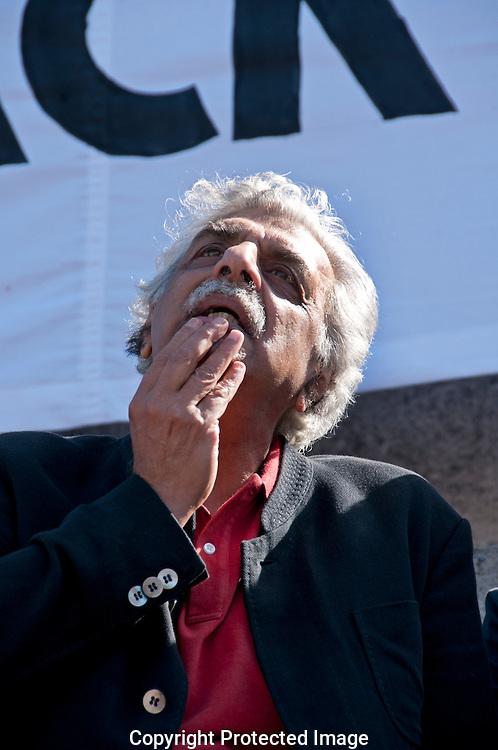 """Taraq Ali speaking in Trafalgar Square at  """"Don't Attach Syria"""" demonstration September 2013"""