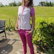 NLD/Abcoude/20120530 - Gekleurde bn' ers gaan multicultureeel golfen, Glennis Grace