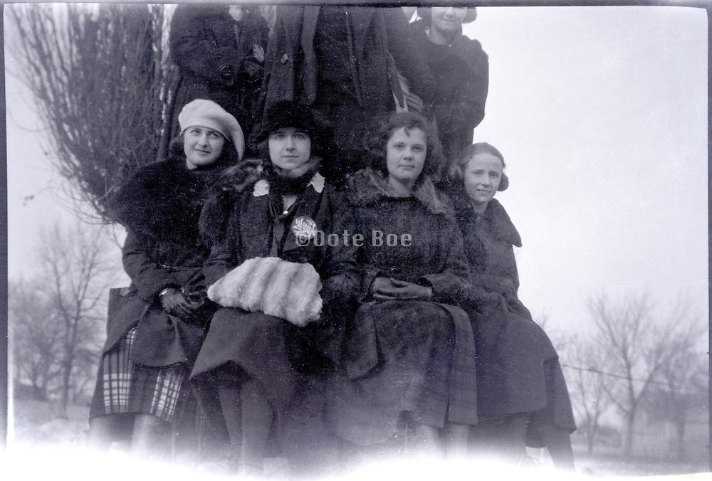 group of girls together USA 1920s