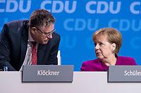 26 FEB 2018, BERLIN/GERMANY:<br /> Ulf Leisner (L), Stv. Bundesgeschaeftsfuehrer der CDU, und Angela Merkel (R), CDU, Budneskanzlerin, im Gespraech, CDU Bundesparteitag, Station Berlin<br /> IMAGE: 20180226-01-120<br /> KEYWORDS: Party Congress, Parteitag