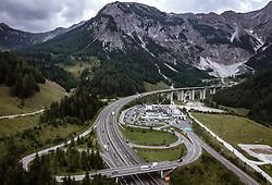 THEMENBILD - Verkehr auf der A10 Tauernautobahn beim Tauerntunnel und der Raststation Landzeit Tauernalm, aufgenommen am 27. Juli 2019 in Flachau, Österreich // Traffic on the A10 Tauernautobahn at the Tauerntunnel, Flachau, Austria on 2019/07/27. EXPA Pictures © 2019, PhotoCredit: EXPA/ JFK