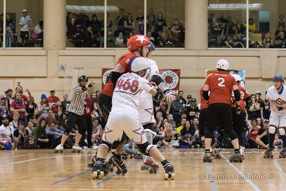 Barcelona, Spain. 08th April, 2018. Jammer of England, #5 Fish, trying to pass two players of Team USA during the final of MRDWC2018. © Valentin Sama-Rojo.