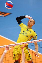 20150426 NED: Eredivisie Landstede Volleybal - Abiant Lycurgus, Zwolle<br />Fabian Dossett (7) of Landstede Volleybal<br />©2015-FotoHoogendoorn.nl / Pim Waslander