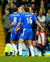 Fotball<br /> Premier League England 2004/2005<br /> 18.12.2004<br /> Foto: BPI/Digitalsport<br /> NORWAY ONLY<br /> <br /> Chelsea v Norwich City<br /> FA Barclays Premiership<br /> 18/12/2004.<br /> <br /> Damien Duff celebrates the opener for Chelsea