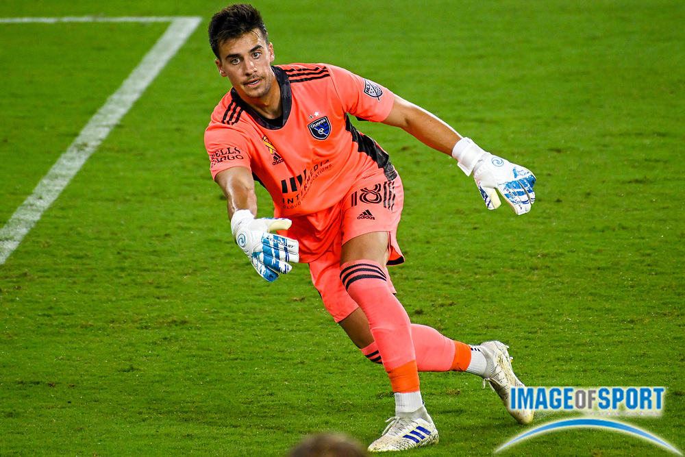 San Jose Earthquakes goalkeeper JT Marcinkowski (18) throws the ball during a MLS soccer game, Sunday, Sept. 27, 2020, in Los Angeles. The San Jose Earthquakes defeated LAFC 2-1.(Dylan Stewart/Image of Sport)