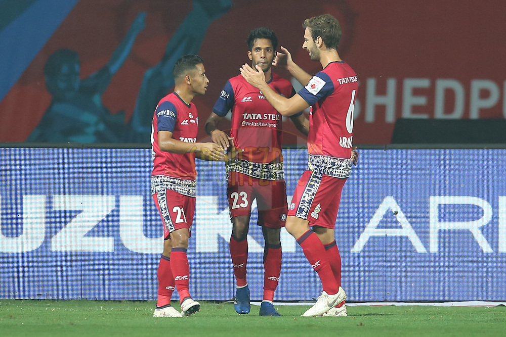 Michael Soosairaj of Jamshedpur FC celebrates the goal with team players during match 25 of the Hero Indian Super League 2018 ( ISL ) between Jamshedpur FC and FC Goa held at JRD Tata Sports Complex, Jamshedpur, India on the 1st November  2018<br /> <br /> Photo by: Deepak Malik /SPORTZPICS for ISL