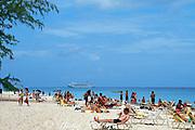 Seven Mile Beach,<br /> Grand Cayman, <br /> ( Caribbean Sea )