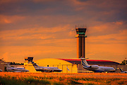 Control tower in the late afternoon light at Atlanta's Dekalb Peachtree Airport (PDK).  <br /> <br /> Created by aviation photographer John Slemp of Aerographs Aviation Photography. Clients include Goodyear Aviation Tires, Phillips 66 Aviation Fuels, Smithsonian Air & Space magazine, and The Lindbergh Foundation.  Specialising in high end commercial aviation photography and the supply of aviation stock photography for advertising, corporate, and editorial use.