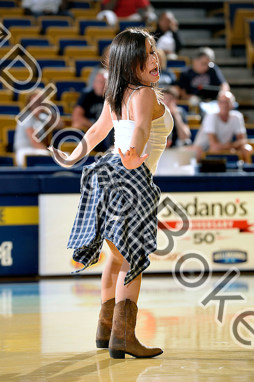 2014 March 01 -FIU Golden Dazzlers performing at the US Century Bank Arena, Miami, Florida. (Photo by: Alex J. Hernandez / photobokeh.com) This image is copyright by PhotoBokeh.com and may not be reproduced or retransmitted without express written consent of PhotoBokeh.com. ©2014 PhotoBokeh.com - All Rights Reserved
