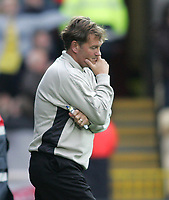 Photo: Lee Earle.<br /> Watford v Wolverhampton Wanderers. Coca Cola Championship. 29/10/2005. wsolves manager Glenn Hoddle looks dejected after Watford scored their second.