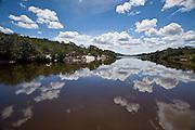 Diamantina_MG, Brasil...Rio Jequitinhonha em Diamantina...The Jequitinhonha River in Diamantina...Foto: JOAO MARCOS ROSA / NITRO
