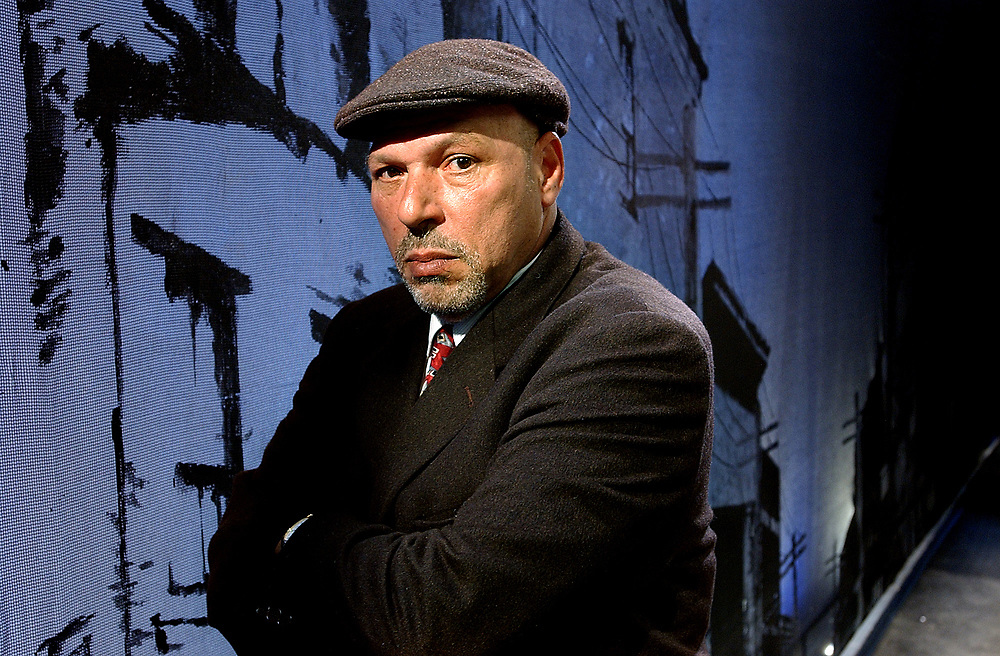 """Arts4/18/05 August Wilson<br /> Pulitzer-prize winning playwright August Wilson on the set of """"Radio Golf"""", the last play in his cycle. Photo by Mara Lavitt"""