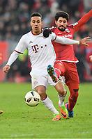 v.l. Thiago Alcantara (Bayern), Almog Cohen<br /> Ingolstadt, 11.02.2017, Fussball Bundesliga, FC Ingolstadt 04 - FC Bayern München 0:2ga, Bayer 04 Leverkusen - Eintracht Frankfurt 3:0<br /> <br /> Norway only