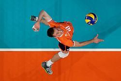 21-09-2019 NED: EC Volleyball 2019 Netherlands - Germany, Apeldoorn<br /> 1/8 final EC Volleyball / Sjoerd Hoogendoorn #10 of Netherlands