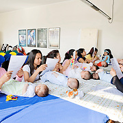 Milan, Italy, May 15th 2008. Babies group with immigrant mothers at the Life Help Center C.A.V., Mangiagalli hospital...Milano, Italia, 15 maggio 2008. Gruppo bebè con mamme straniere al consultorio C.A.V. della clinica Mangiagalli...