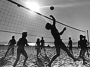 Volleyball game in sand at Alki beach. (Peter / Liddell / The Seattle Times, 1983)