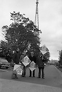 Strike at RTE.14/05/1976.05/14/1976.14th May 1976.Radio Telefis Eireann ceased transmitting radio and television programmes at 3pm on Friday, 14.05.1976. when 'ICTU All-Out Strike' pickets were placed at Montrose, Donnybrook, Dublin.Picture shows the picket outside RTE at Montrose last evening. (Friday,14.5.76.)