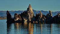 Mono Lake, South Tufa Area. Image taken with a Nikon D3 camera and 200 mm f/2 lens (ISO 200, 200mm, f/11, 1/400sec).