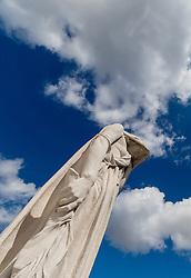 25.06.2016, Vimy, FRA, das kanadische Denkmal von Vimy, im Bild Madonnenskulptur. Zwei weiße Türme dominieren die Ebene von Lens und erinnern an die Schlacht von Vimy, die im April 1917 stattfand // The Canadian National Vimy Memorial is a memorial site dedicated to the memory of Canadian Expeditionary Force members killed during the First World War at Vimy, France on 2016/06/25. EXPA Pictures © 2016, PhotoCredit: EXPA/ JFK