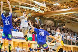 11.05.2019, Sporthalle Leoben Donawitz, Leoben, AUT, spusu HLA, Union JURI Leoben vs HC Linz AG, Abstiegsrunde, Finale, im Bild v.l.: Moritz Mittendorfer (Union JURI Leoben), Srdjan Predragovic (HC Linz AG), Hazbulat Sabazgiraev (Union JURI Leoben), Moritz Bachmann (HC Linz AG) // during the spusu Handball League Austria final relegation game match between Union JURI Leoben and HC Linz AG at the Sporthalle Leoben Donawitz in Leoben, Austria on 2019/05/11. EXPA Pictures © 2019, PhotoCredit: EXPA/ Dominik Angerer