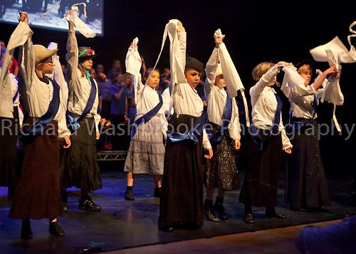 Theatretrain - I Have a Dream  1st Half  8th May 2011..© Washbrooke - Harpenden, Herts, England - Tel: +44 (0) 7991853325 - richard@washbrooke.com - www.richardwashbrooke.photoshelter.com