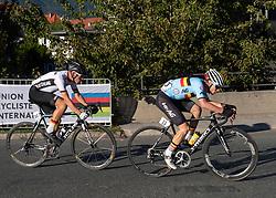 27.09.2018, Innsbruck, AUT, UCI Straßenrad WM 2018, Straßenrennen, Junioren, von Kufstein nach Innsbruck (138,4 km), im Bild v.l. Marius Mayrhofer (GER, 2. Platz Silbermedaille), Remco Evenepoel (BEL, 1. Platz, Goldmedaille) // f.l. Marius Mayrhofer silver medalist of Germany gold medalist and world champion Remco Evenepoel of Belgium during the road race of the Junior Men from Kufstein to Innsbruck (138,4 km) of the UCI Road World Championships 2018. Innsbruck, Austria on 2018/09/27. EXPA Pictures © 2018, PhotoCredit: EXPA/ Reinhard Eisenbauer