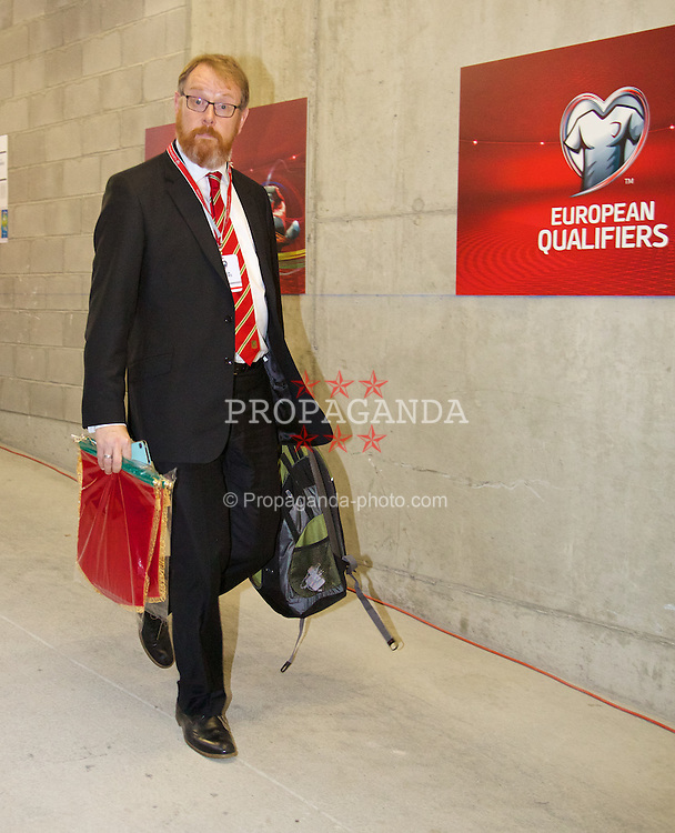 ANDORRA LA VELLA, ANDORRA - Tuesday, September 9, 2014: Wales' head of international affairs Mark Evans arrives before the opening UEFA Euro 2016 qualifying match against Andorra at the Camp d'Esports del M.I. Consell General. (Pic by David Rawcliffe/Propaganda)