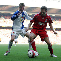 Photo: Paul Thomas.<br /> Liverpool v Blackburn Rovers. The Barclays Premiership. 14/10/2006.<br /> <br /> Paul Gallagher (L) of Blackburn tries to get the ball from Craig Bellamy.