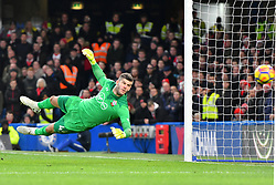December 16, 2017 - London, England, United Kingdom - Southamptons Fraser Forster can only watch the ball during the Premier League match between Chelsea and Southampton at Stamford Bridge, London, England on 16 Dec 2016. (Credit Image: © Kieran Galvin/NurPhoto via ZUMA Press)