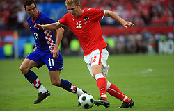 Darijo Srna of Croatia and Ronald Gercaliu of Austria during the UEFA EURO 2008 Group B soccer match between Austria and Croatia at Ernst-Happel Stadium, on June 8,2008, in Vienna, Austria.  (Photo by Vid Ponikvar / Sportal Images)