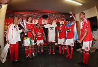20100509: LISBON, PORTUGAL - SL Benfica vs Rio Ave: Portuguese League 2009/2010, 30th round. Players celebrations in the locker room. In picture: David Luiz, Maxi Pereira, Luisao, Ramires, Angel Di Maria and Weldon. PHOTO: CITYFILES