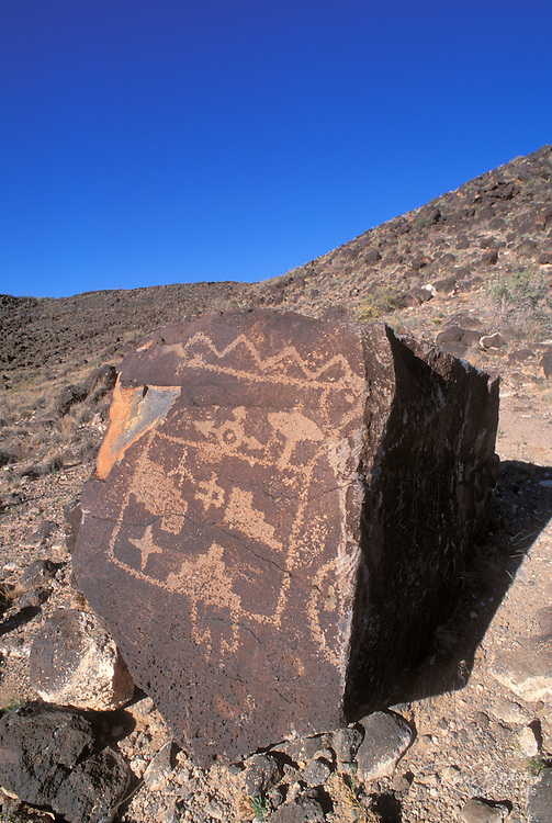 Petroglyphs of geometric shapes, Boca Negra Canyon, Petroglyph National Monument, Albuquerque, New Mexico
