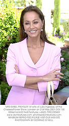 MRS ISABEL PREYSLER 1st wife of Julio Inglesias, at the Chelsea Flower Show, London on 21st May 2001.OOI 130