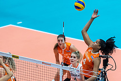20-10-2018 JPN: Final World Championship Volleyball Women day 18, Yokohama<br /> China - Netherlands 3-0 / Celeste Plak #4 of Netherlands
