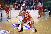 DESCRIZIONE : Varese Lega A 2013-14 Cimberio Varese vs Grissin Bon Reggio Emilia <br /> GIOCATORE :Cinciarini<br /> CATEGORIA : Palleggi<br /> SQUADRA : Reggio Emilia<br /> EVENTO : Campionato Lega A 2013-2014<br /> GARA : Cimberio Varese Grissin Bon Reggio Emilia<br /> DATA : 13/10/2013<br /> SPORT : Pallacanestro <br /> AUTORE : Agenzia Ciamillo-Castoria/I.Mancini<br /> Galleria : Lega Basket A 2012-2013  <br /> Fotonotizia : Cimberio Varese  Lega A 2013-14 Cimberio Varese vs Grissin Bon Reggio Emilia<br /> Predefinita :