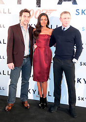 (LtoR) Actors Javier Bardem, Naomie Harris and Daniel Craig during the 007 Skyfall film photocall, Villa Magna Hotel. Madrid. Spain, October 28, 2012. Photo by Eduardo Dieguez / DyD Fotografos / i-Images...SPAIN OUT