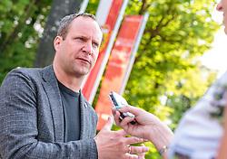 22.04.2018, Wahlzentrum, Salzburg, AUT, Salzburger Landtagswahl, im Bild Bundesparteichef Matthias Strolz (NEOS) // during the Salzburg state election 2018 in the election center in Salzburg, Austria on 2018/04/22. EXPA Pictures © 2018, PhotoCredit: EXPA/ JFK